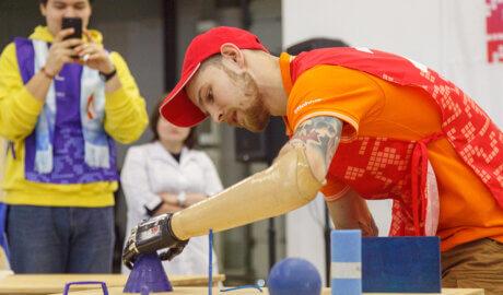 Состязание участников Кибатлетика